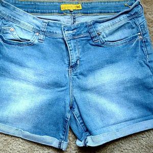 YMI Jean Shorts Size 15